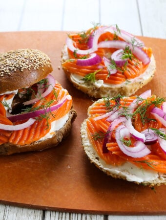 Bagels with vegan carrot lox