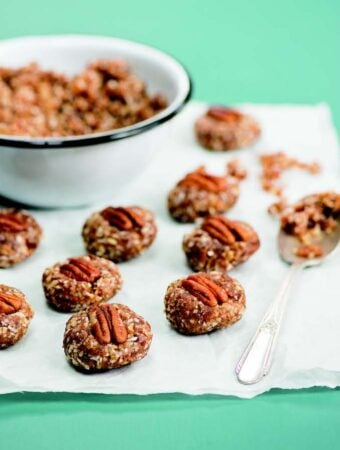 Date Nut Cookies from the Book of Veganish