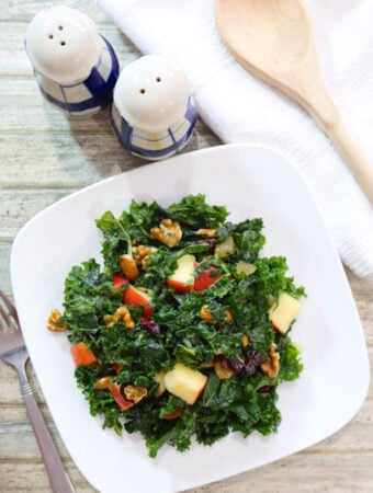 Kale Salad with Fruits and Nuts1