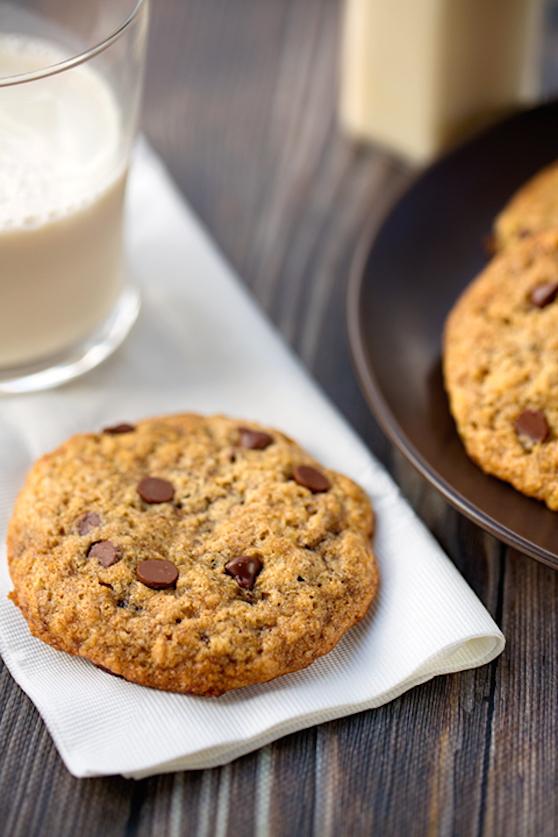 vegan chocolate chip cookies2