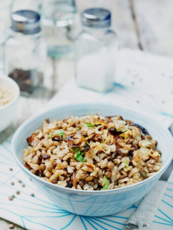 Mujaddarah (Middle Eastern Rice with Lentils)