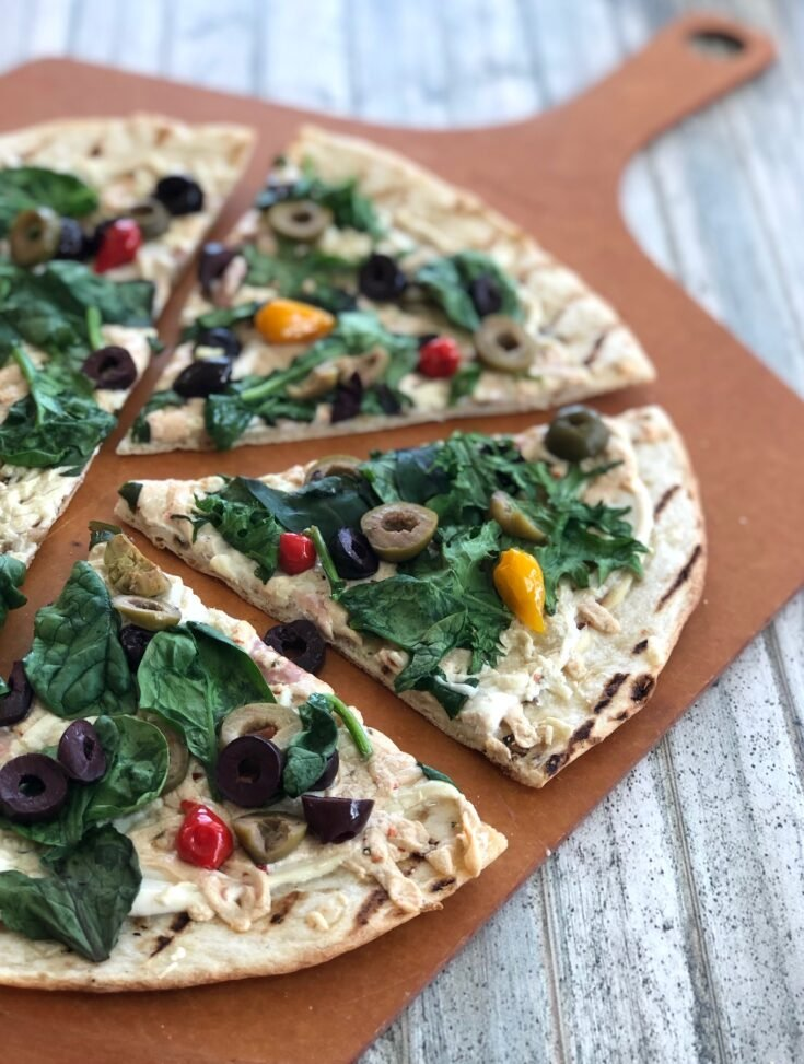Vegan Spinach and Olive Pizza (red or white)