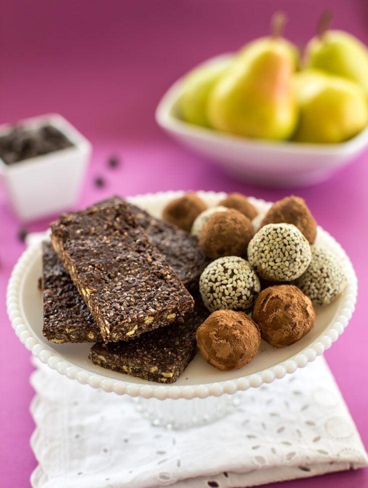 Homemade chocolate energy bars