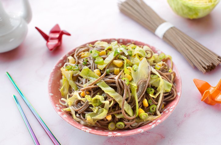 Soba noodles with corn and cabbage2sm