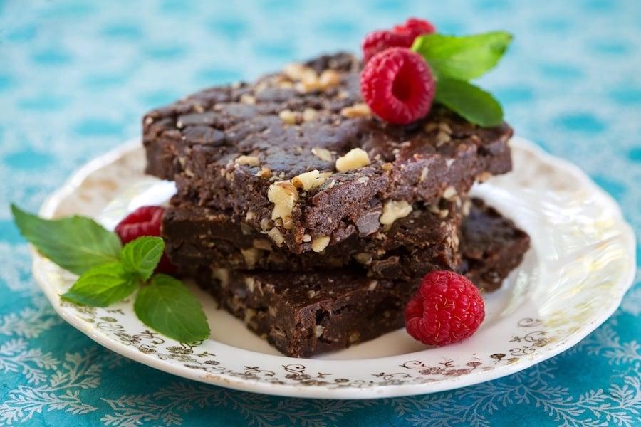 Unbaked Vegan chocolate brownies1