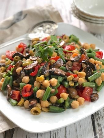 Chickpeas and Green Beans with Balsamic Mushrooms