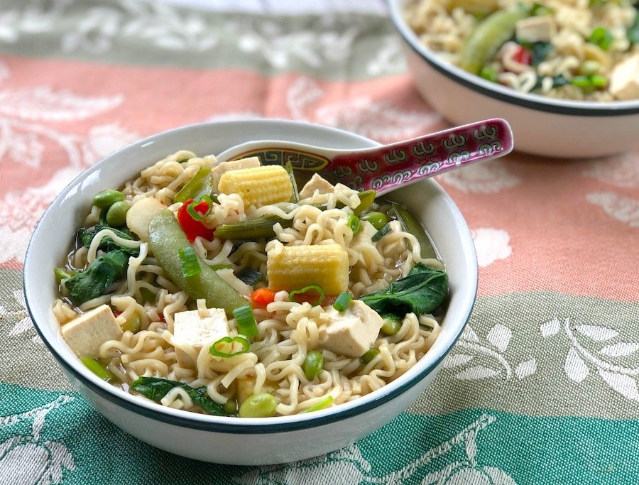 Quick and easy ramen vegetable soup