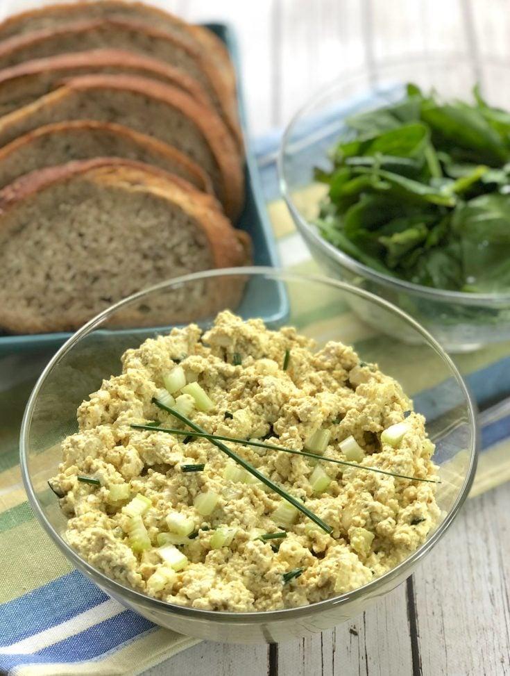Tofu eggless salad