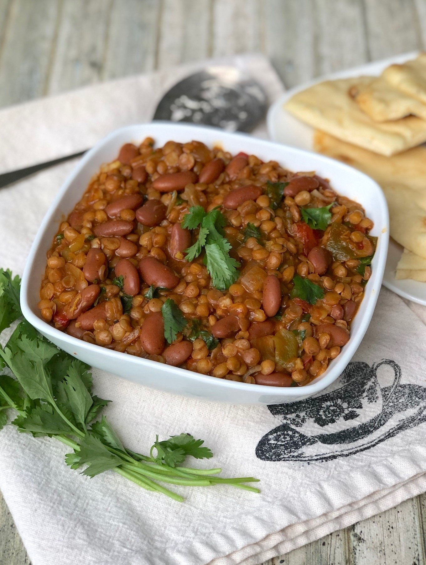 Easy Lentil and Kidney Bean Curry