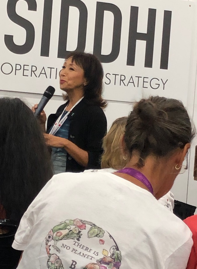 Miyoko speaking at Plant-Bsed World Expo