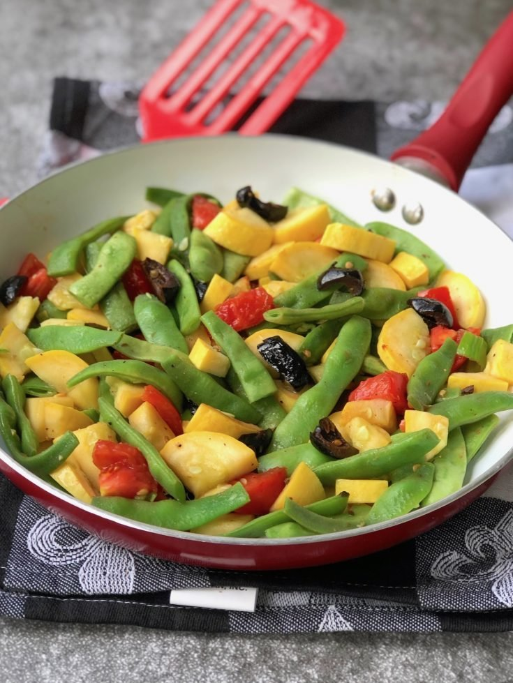 Romano beans with summer squash