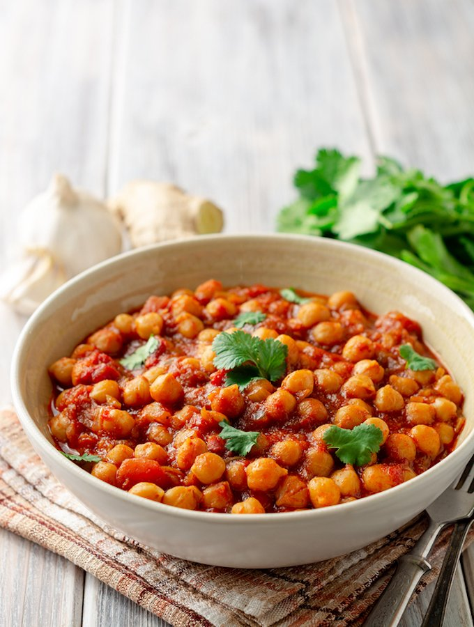 Easy Chickpea Curry - Chana Masala