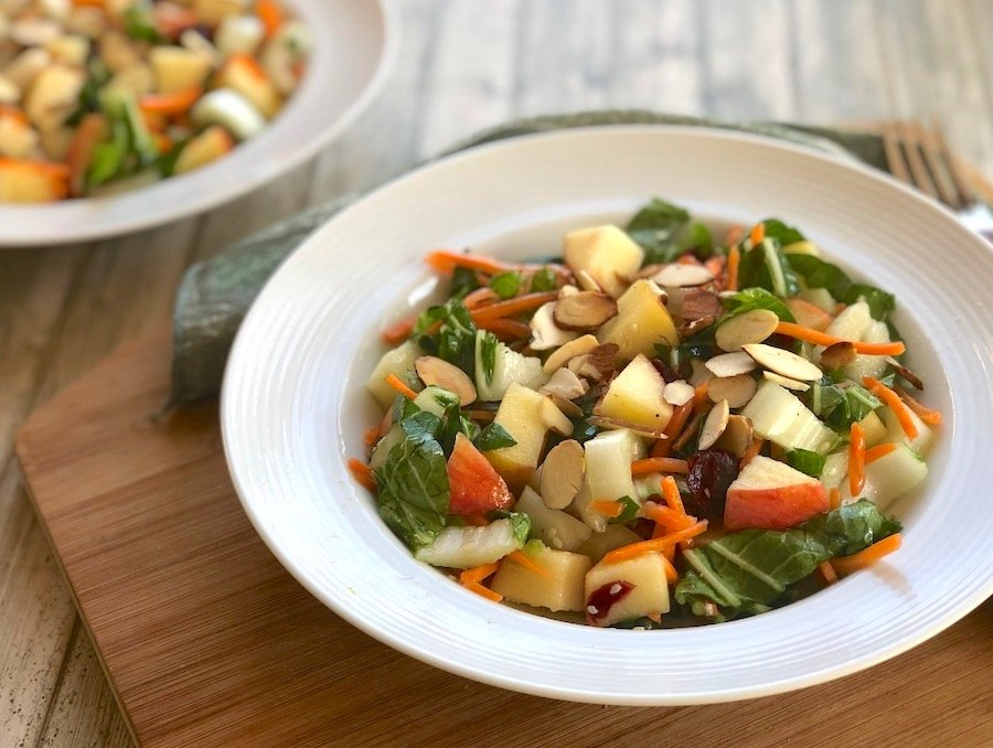 Bok choy salad with apple and carrot