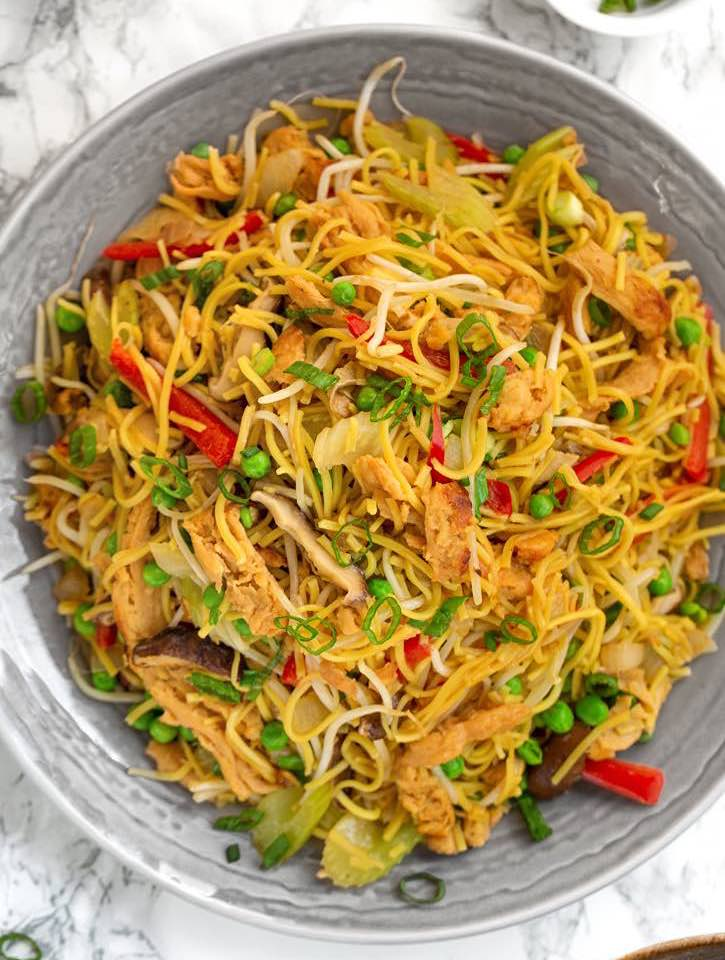 Vegan Chick'n & Vegetable Chow Mein
