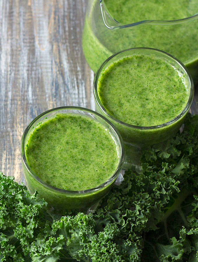 Kale and Pear smoothie