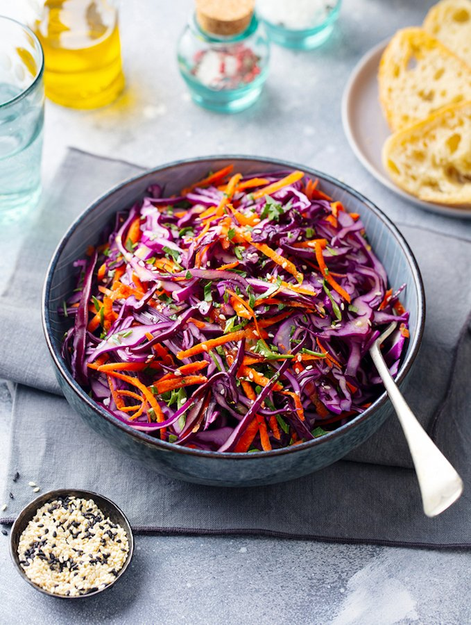 Sesame-ginger Red cabbage and carrot slaw
