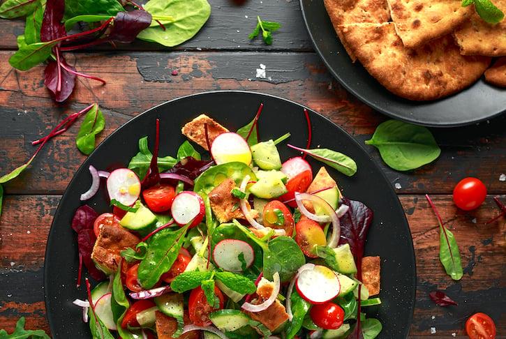 Traditional Fattoush Salad (fattouche)