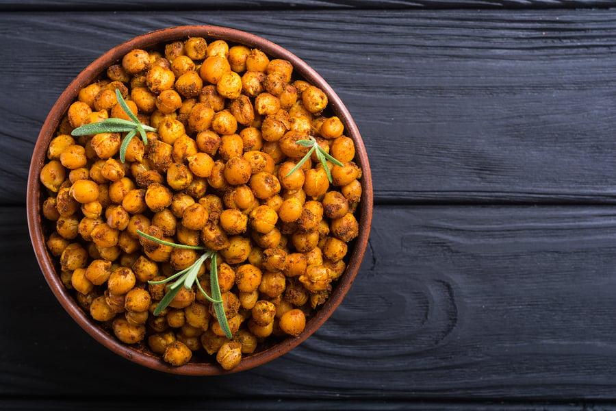 Maple and Cinnamon Roasted Chickpeas