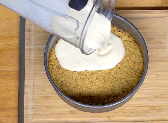 Vegan lemon cheesecake process