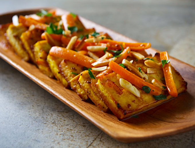 Citrus-Roasted Tofu with Carrots and almonds