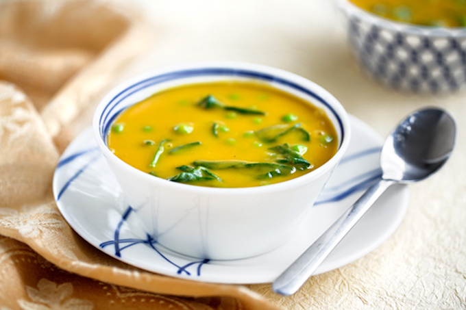 Instant Butternut Squash soup with spinach & peas
