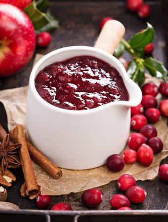 Fresh cranberry apple sauce