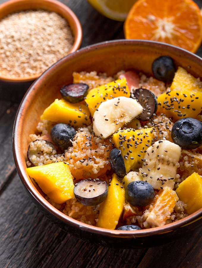 Quinoa breakfast bowl with fresh fruits