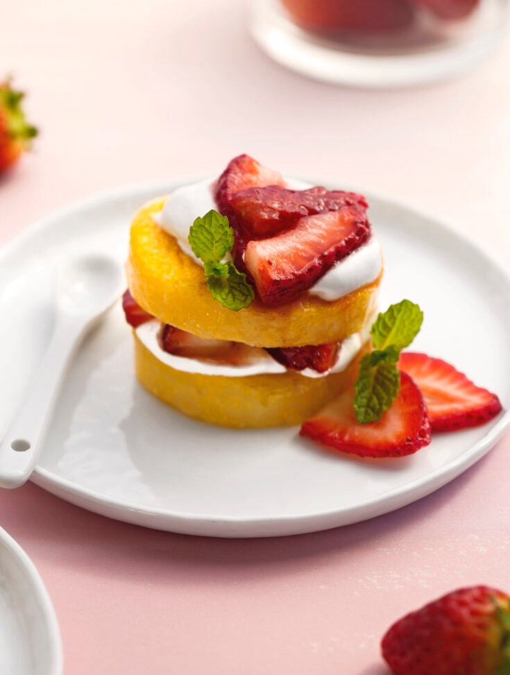 No-bake Vegan strawberry shortcake