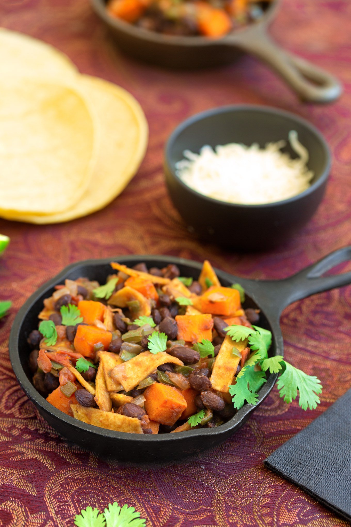 Black beans with sweet potatoes & tortillas