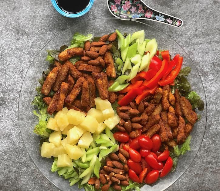 Teriyaki Chick'n salad with Nuggs2