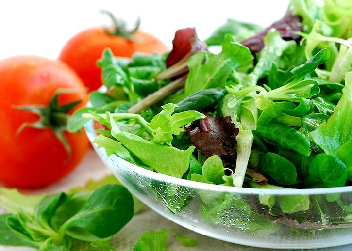 Mixed Baby Greens & Tomatoes