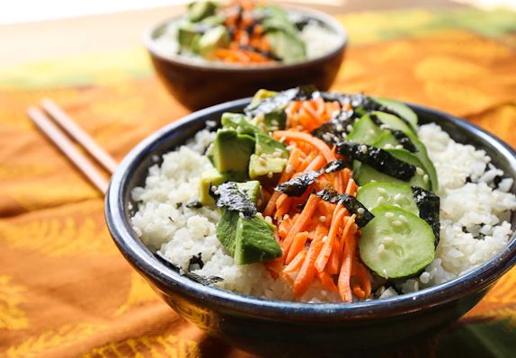 Cauliflower rice sushi bowl2