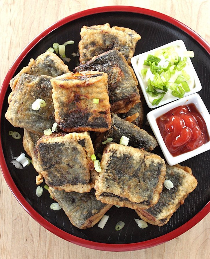 Deep-fried nori-wrapped tofu