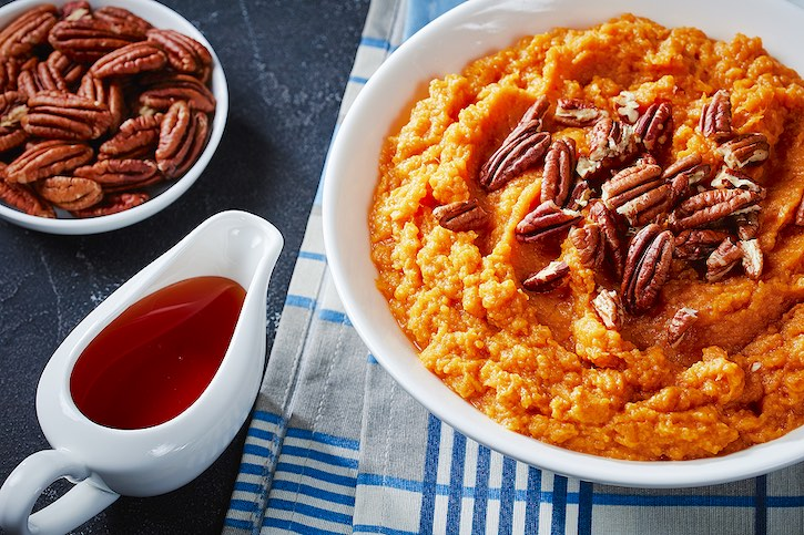 Maple Mashed Sweet Potato with Toasted Pecans