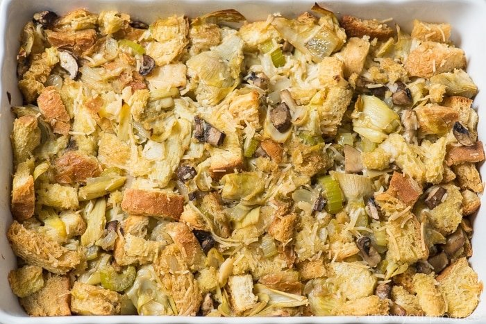 vegan stuffing with mushrooms & artichokes