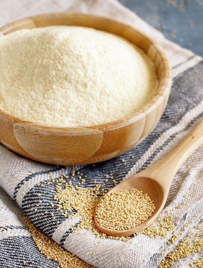 Amaranth Flour and grain