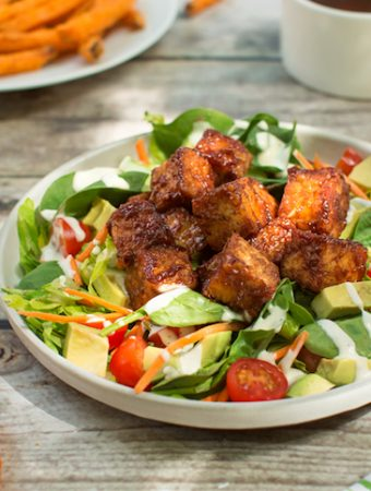 BBQ tempeh salad