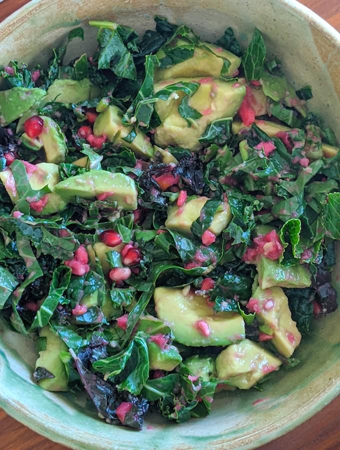 Kale, avocado, & pomegranate salad1