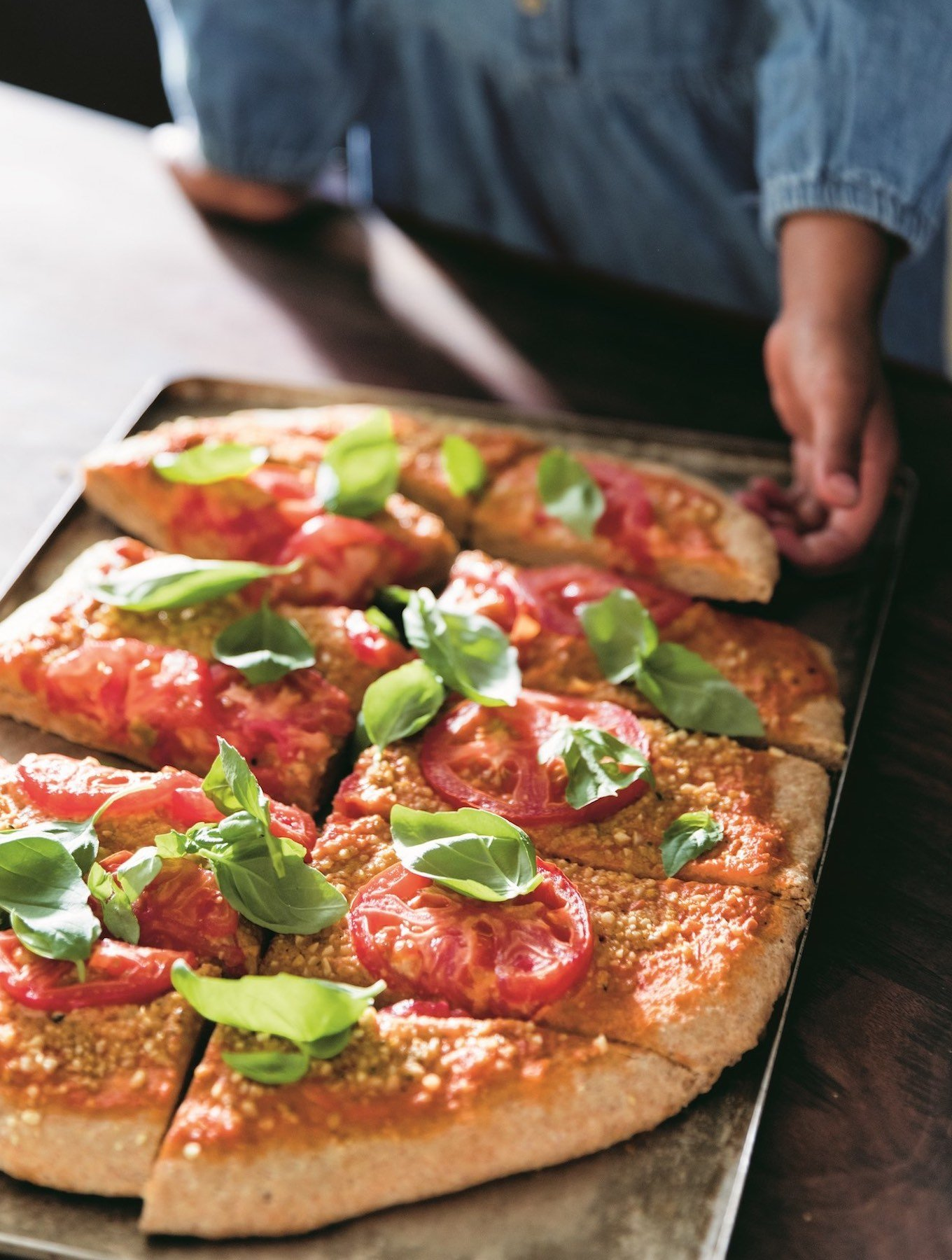 Vegan Spelt crust pizza with fresh tomato sauce