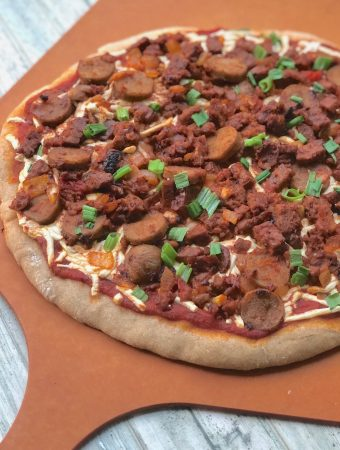 Vegan meat lover's pizza 1a sm
