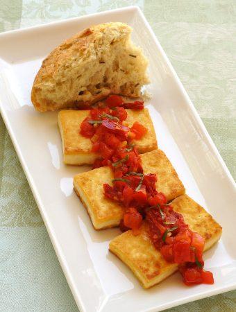 Sauteed tofu with tomatoes