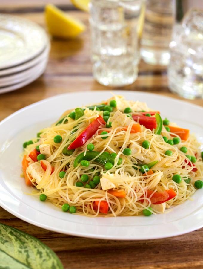 Vegan Singapore noodles (yellow curry rice noodles)