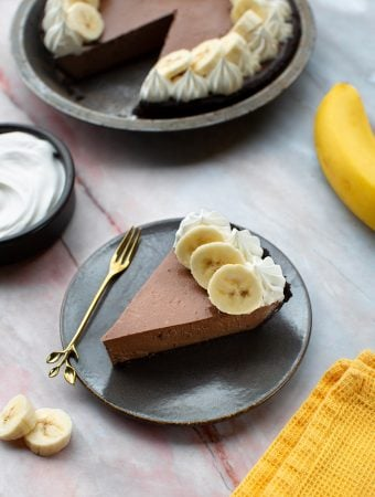 Silken Tofu vegan chocolate mousse pie