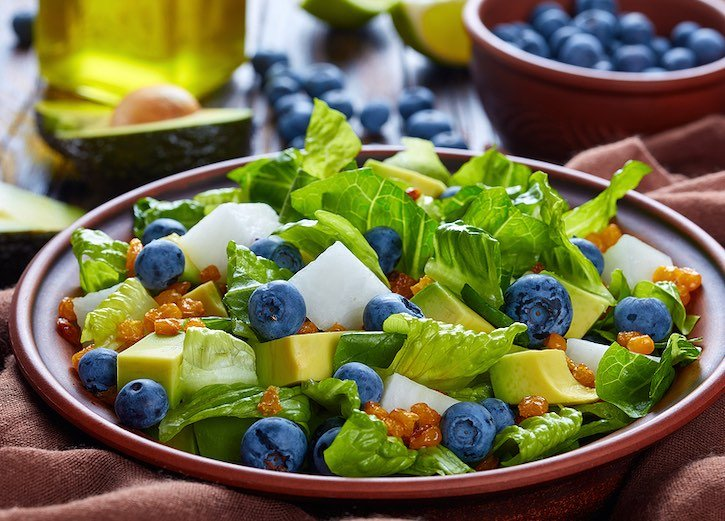 Jícama and Avocado Salad with Blueberries and Roasted Corn