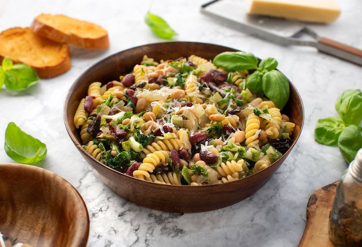Pasta with beans and escarole
