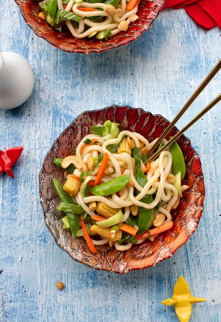 Udon noodles with Asian vegetables