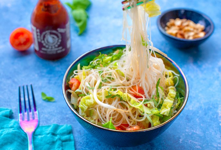 Vietnamese bean-thread noodles with tomatoes & basil