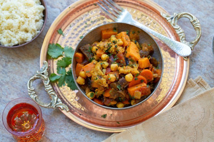 "Moroccan Chick'n Stew with chickpeas & plant-based ""chicken"""
