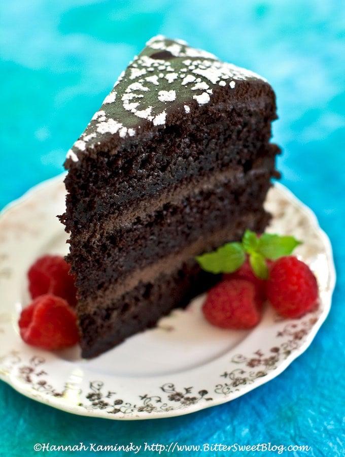 Ultra Moist Amazing Vegan Chocolate Layer-Cake by Hannah Kaminsky