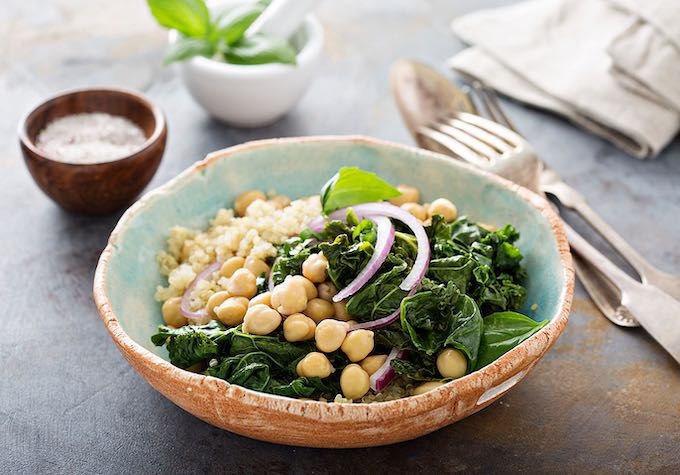 Quinoa and chickpeas with greens